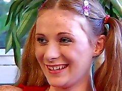 Sproeten Redhead Paardenstaart tiener Alison Fucked