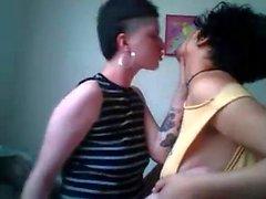 Hardcore fetissi lesbo teini punks