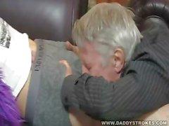 Папа и мальчик Sucking Галоре