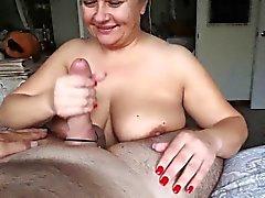 Tettona pippa Donne Grosse e Belle maturi di boobjob