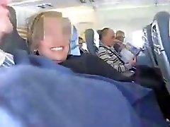 Испанском пары сумасшедший Мастурбация в самолете ( удивительная )