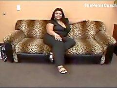 dev bir titted siyah kadının sahip pornosu