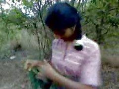 Desi Sex in Jungle ( jungle belangrijkste mangel )