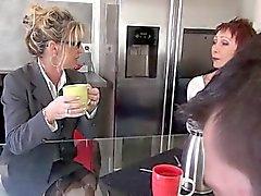 French зрелая Marina трахал в чулочках