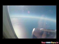 Bir uçakta Blowjob