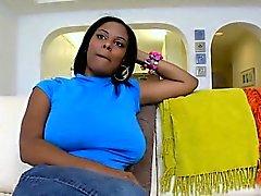 XXL Tettone Modella Alia Starr