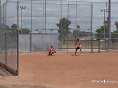 Giocatore di baseball Ken Ott scopata da un Heckler