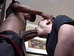 Di Izzi succhiare grande cazzo nero