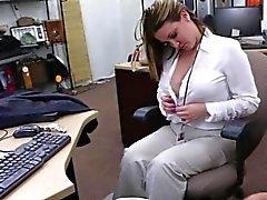 Horny dude loves MILF pussy