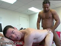 Livre gay de filmes pornográficos de download e jovens pornô tan magro