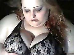 Amateur BBW Angeberei ihren Titten