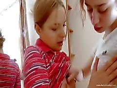 Natashas primeira experiência lezzie