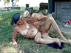 Çiftçiler Büyükanne 2