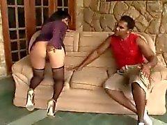 Brasilian kypsä anaali seksiä