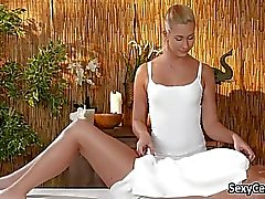 Blonde masseuse got pussy licking