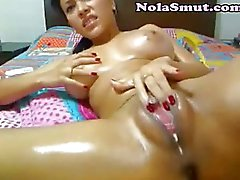 Hot Latina Babe Squirting Pussy
