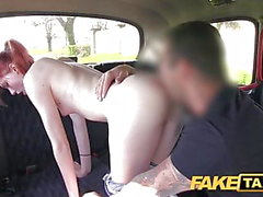 Faux taxi étudiant Innocent prend grosse bite