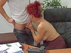 Hot Euro Volwassen Redhead Bangs In Office