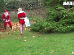 'LaNovice - KINKY ON CHRISTMAS! Alix Feeling PAWG French Slut Risky Public Anal Sex With Huge Cock Santa - AMATEUREURO'