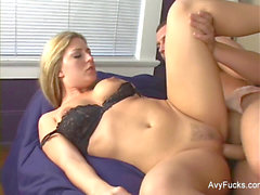 light-haired cougar Avy gets her wet twat pounded