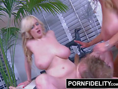 PORNFIDELITY - Siri and Kelly Use Their giant Naturals On fuck-stick