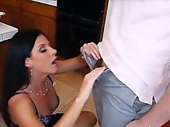 Dolce MILF India Summer ha bisogno di un gallo enormi