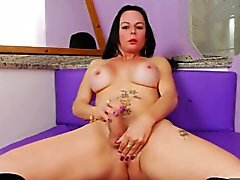 Bubble butt mature shemale masturbates her big fat cock