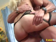 Busty blonde Jessica Lynn with dirty desires