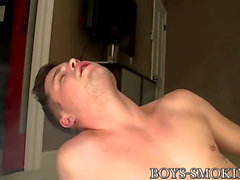 Cute chain smoker Dustin Fitch shows ass while masturbating
