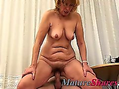 Plump old granny hairy pussy fucked