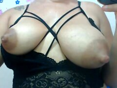 Amateur Latina MILF Vestido floral Vestido webcam Más webcamgirls