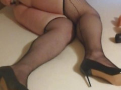 BBW Sissy in Chastity stretches Ass