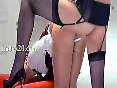 Neverending strap - on girlsongirls actie