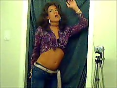 TV/TS Brooke Chambers Smoking 1
