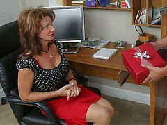 Kris finds his ally's mama at home threatening-threatening HD Porn