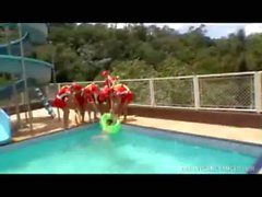 Tranny Baywatch Babes Gang-bang Lucky Dude