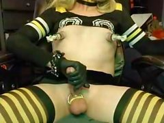 CD Cheerleader Cums so hart
