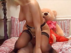 Big Tit Teen dà anale e rimjob con Fuck to Old Man