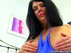 British milf Sassy will spoil you with her hot body